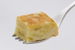 西班牙烹调。西班牙煎蛋。玉米粉薄烙饼de patatas。 库存图片