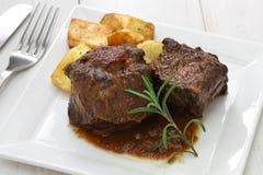 西班牙牛尾炖煮的食物 库存图片