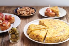 西班牙玉米粉薄烙饼和其他塔帕纤维布 库存照片