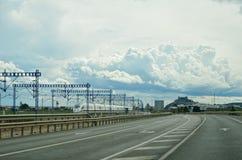 西班牙现代路风景 库存照片