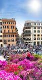 西班牙的广场的游人在罗马 库存照片