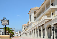 西班牙的晴朗的正方形在Nerja 免版税库存图片