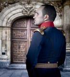 西班牙老战士,典雅的历史服装 免版税库存图片