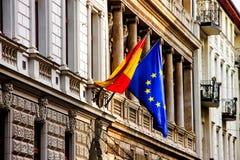西班牙语的旗子和欧洲人Unia 库存照片