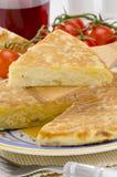 西班牙语Cuisune。 西班牙煎蛋。 玉米饼de patatas。 库存图片