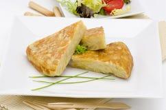 西班牙语Cuisune。 西班牙煎蛋。 玉米饼de patatas。 图库摄影