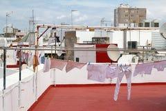 西班牙镇屋顶上面  免版税图库摄影
