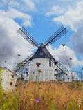 西班牙风车 免版税图库摄影