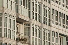 西班牙,加利西亚,卢戈,城内住宅门面 免版税库存照片