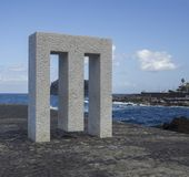 西班牙,加那利群岛,加拉奇科, 2017年12月19日,大理石monum 库存照片