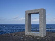 西班牙,加那利群岛,加拉奇科, st 12月19日,大理石纪念碑 免版税库存照片