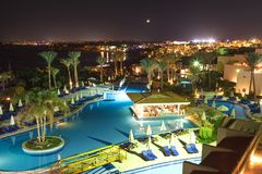 西瓦Sharm旅馆的美好的夜视图在Sharm El谢赫2016年11月03日 免版税库存照片