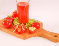 西红柿汁刷新的饮料健康饮料夏天喝 库存照片