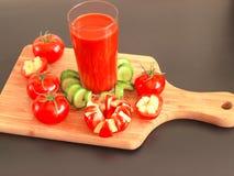 西红柿汁刷新的饮料健康饮料夏天喝 免版税库存图片