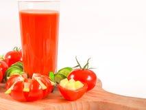 西红柿汁刷新的饮料健康饮料夏天喝 库存图片