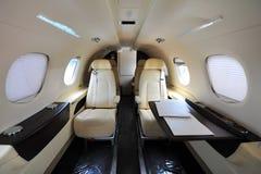 巴西航空工业公司杰出人材300企业喷气机豪华内部在新加坡Airshow 免版税库存图片