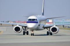 巴西航空工业公司ERJ 170 PLL全部 库存照片