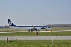巴西航空工业公司ERJ 170 PLL全部 免版税库存照片