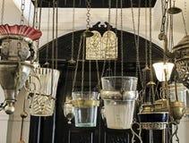 西蒙Attias犹太教堂的灯 库存照片