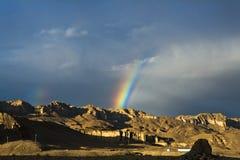 西藏双彩虹 库存照片