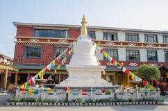 西藏寺庙在Shuhe古镇 它是其中一个丽江和保存良好的镇最旧的栖所古老茶路线的 库存照片