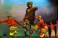 西藏种族舞蹈演员 免版税库存图片
