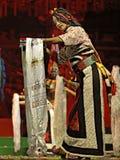 西藏种族舞蹈演员 免版税图库摄影