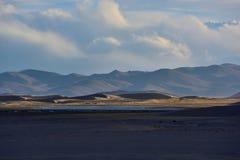 西藏草原和沙漠 库存照片