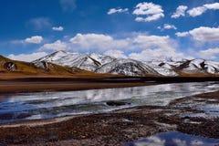西藏雪湖 免版税库存图片