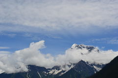 西藏风景Sonw山 免版税库存照片