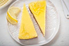西西里人的柠檬乳清干酪乳酪蛋糕切片 免版税库存图片