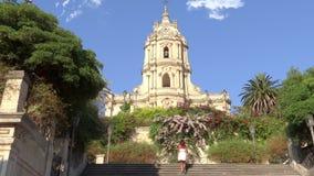 西西里岛, modica,圣乔治大教堂  股票视频