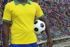 巴西足球足球运动员萨尔瓦多愿望丝带 库存图片