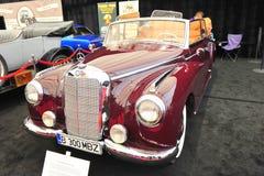 默西迪丝300阿登纳Cabrio 1953年-经典汽车 库存图片