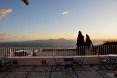 西迪布赛义德:在突尼斯湾的全景日落的 免版税库存图片