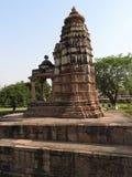 西部小组克久拉霍寺庙,联合国科教文组织遗产站点,为它性感的色情雕塑,印度,晴天是著名的 免版税库存图片