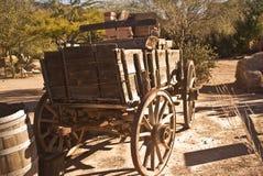 西部老的无盖货车 免版税库存图片