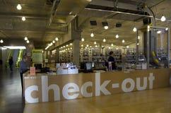 西雅图中央图书馆内部 免版税库存图片