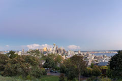 西雅图华盛顿市地平线和皮吉特湾视图 库存照片