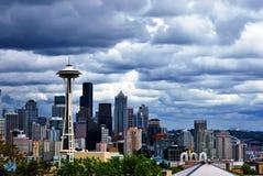 西雅图地平线作为风暴进来  免版税库存照片
