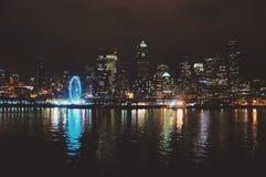 西雅图地平线反射 图库摄影