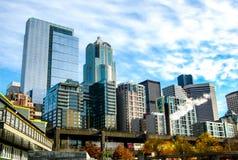 西雅图地平线和高架桥在破坏前的Hwy 免版税库存照片