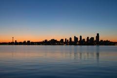 西雅图地平线日出华盛顿江边 库存照片