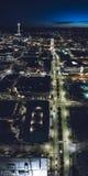 西雅图市街道在晚上在高抽象垂直的全景 免版税图库摄影