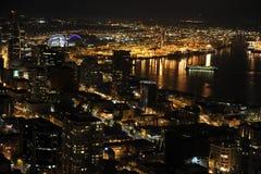 西雅图市,海边晚上视图 库存图片