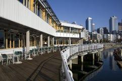 西雅图江边的餐馆 免版税库存图片