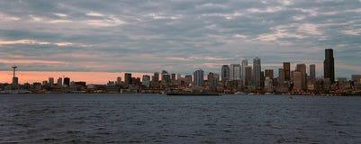 西雅图街市和艾略特海湾 图库摄影