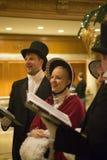 """西雅图,华盛顿穿戴传统的†""""小组男人和妇女 免版税库存照片"""