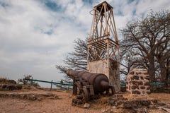西非冈比亚-老葡萄牙大炮 免版税库存图片