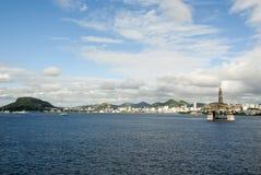 巴西-抽油装置在瓜纳巴拉海湾-里约热内卢 图库摄影